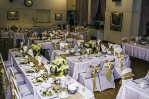 table spread colour